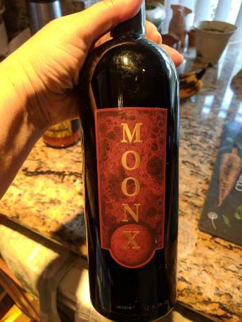 Moon X Wine